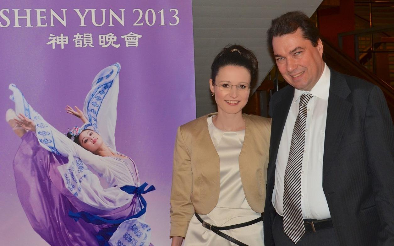 """""""Shen Yun ist wie eine Reise in eine andere Welt"""""""