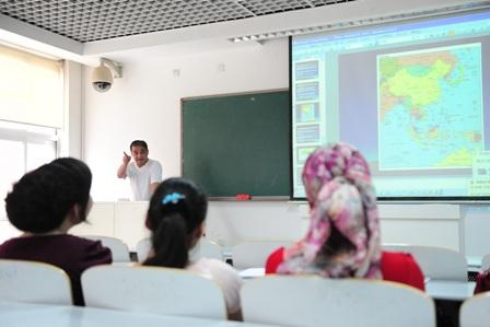 China: Ein Uni-Student kostet 13 Jahreseinkommen eines Bauern