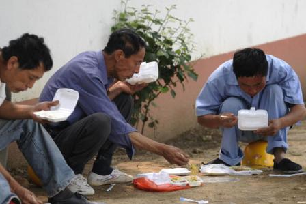 China: Aufgehobenes Verbot für Einwegverpackungen erregt Besorgnis
