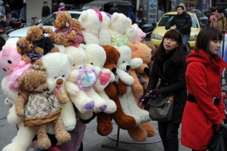 China: Gesundheitsschädliche Produkte für Kinder erregen große Sorge