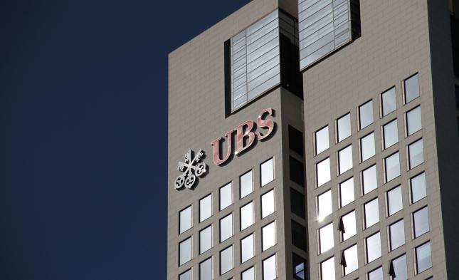 Schweizer Banken erhöhen Druck auf Steuersünder