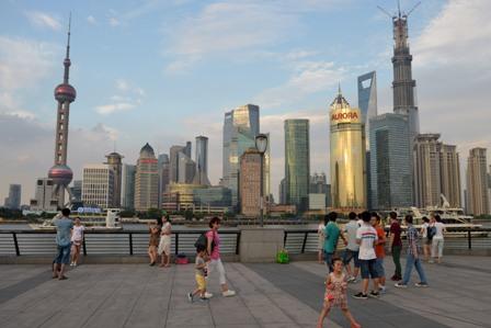 """China: """"Likonomics"""" und nackte Kaiser – Ein Wirtschaftsmärchen"""