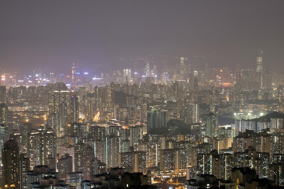 China: Festland-Millionäre stürmen Hongkong