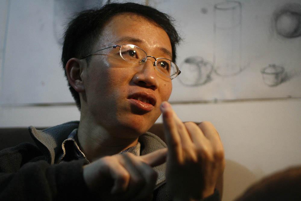 China: Bürgerrechtler Hu Jia kritisiert Reformplan scharf