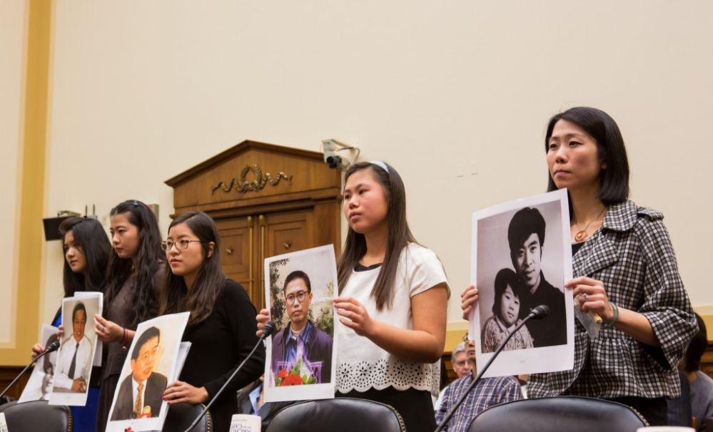 """Fünf Dissidenten-Töchter aus China: """"Rettet unsere Väter!"""""""