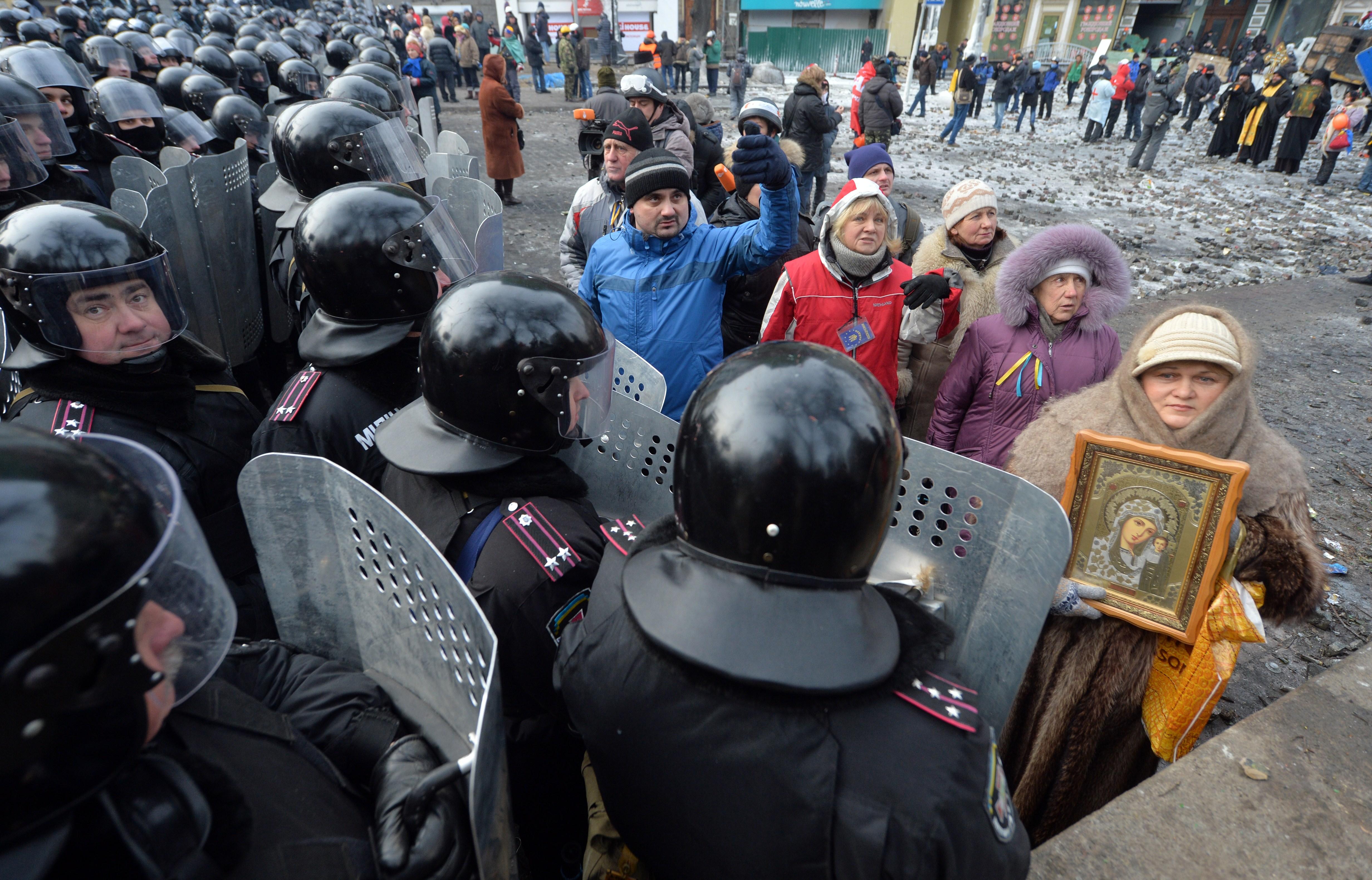 Demonstrationen in Kiew fordern zwei Tote