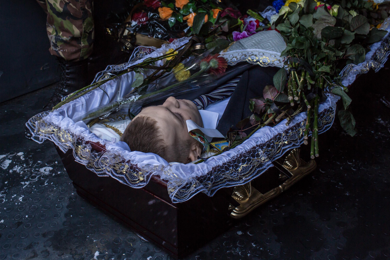 """Ukraine: Präsident Janukowitsch """"kapituliert"""" (+Video)"""