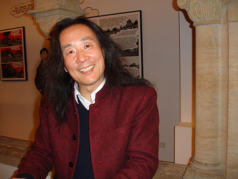 Yang Lian stellt seine Gedichte vor mit Wolfgang Kubin