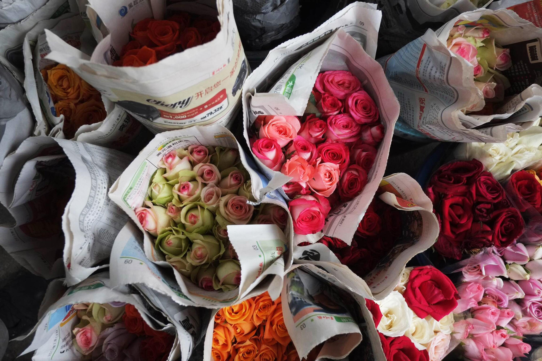 Chinas Valentinstags-Rosen teilweise teurer als Gold