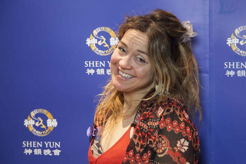 """Gründerin Mädchenradio: Shen Yun """"eine wunderschöne Reise nach China"""""""