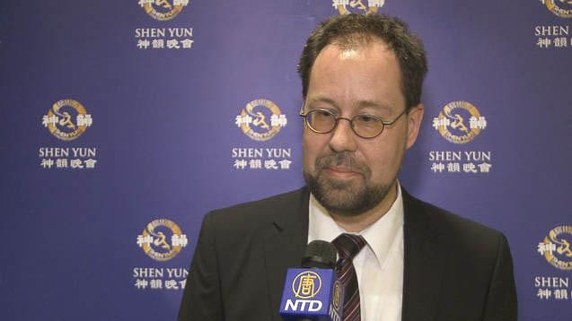 """Marketingleiter: """"Shen Yun ist eine Farbenexplosion"""""""