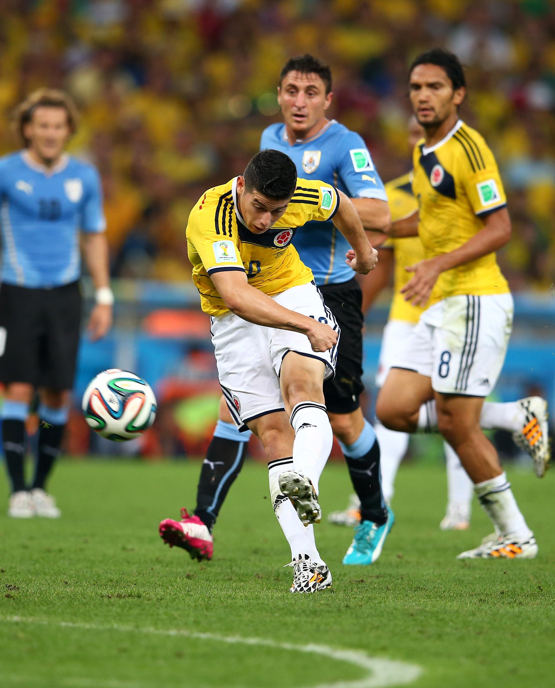 Kolumbien gegen Uruguay Update: Zwei Tore von James Rodríguez schießen Kolumbien ins Vietelfinale (Video)