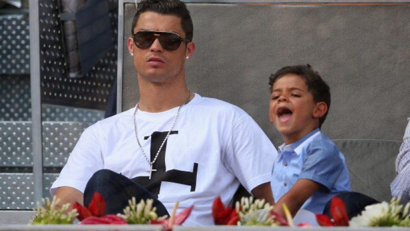 Cristiano Ronaldo Warum Sein Kleiner Sohn Ist Nicht Von Seiner