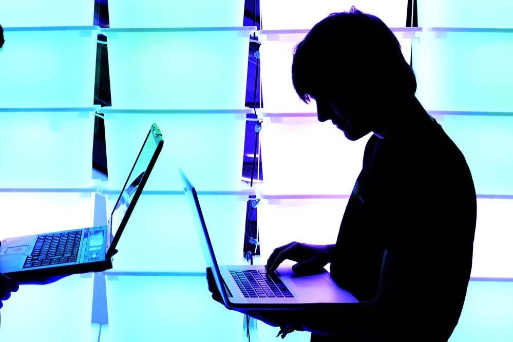"""Hacker und NSA freuen sich über Smartphone und """"Smarthome"""": Warum Überwachung und Cybersicherheit bald unser ganzes Haus betreffen"""
