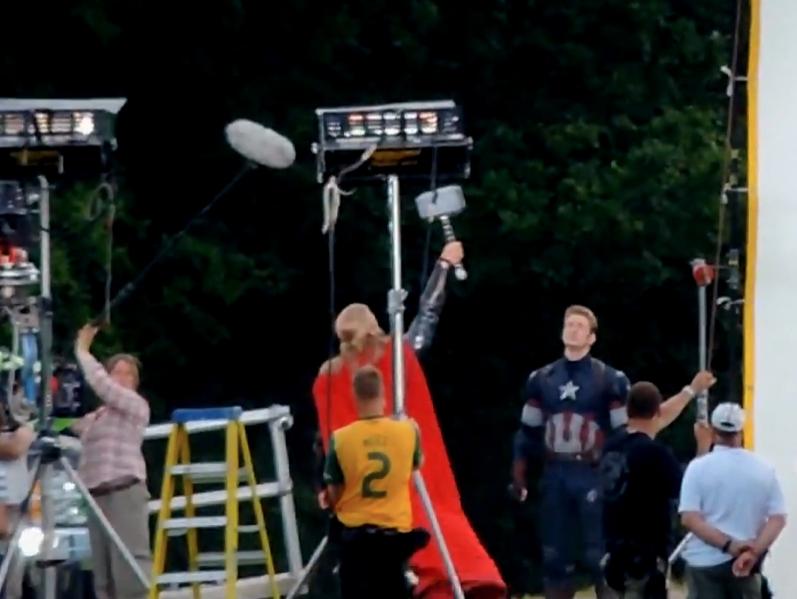 Avengers 2 Age of Ultron: Geleaktes Video zeigt Thor einen Blitz herbeirufen
