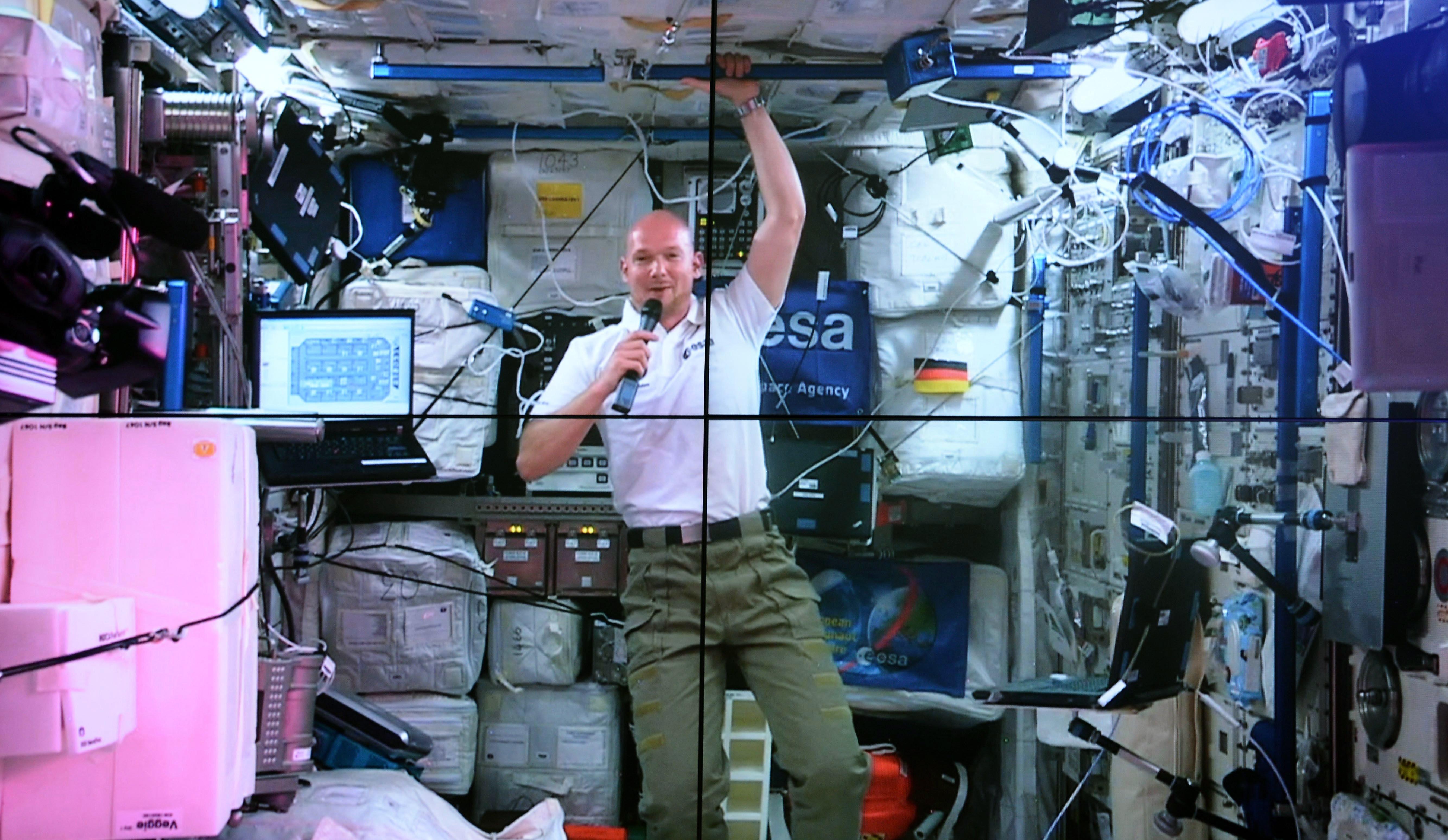 Vor Finale Deutschland gegen Argentinien: Weltraumfahrer Alexander Gerst twittert vom All aus – Super Leistung vom DFB Team