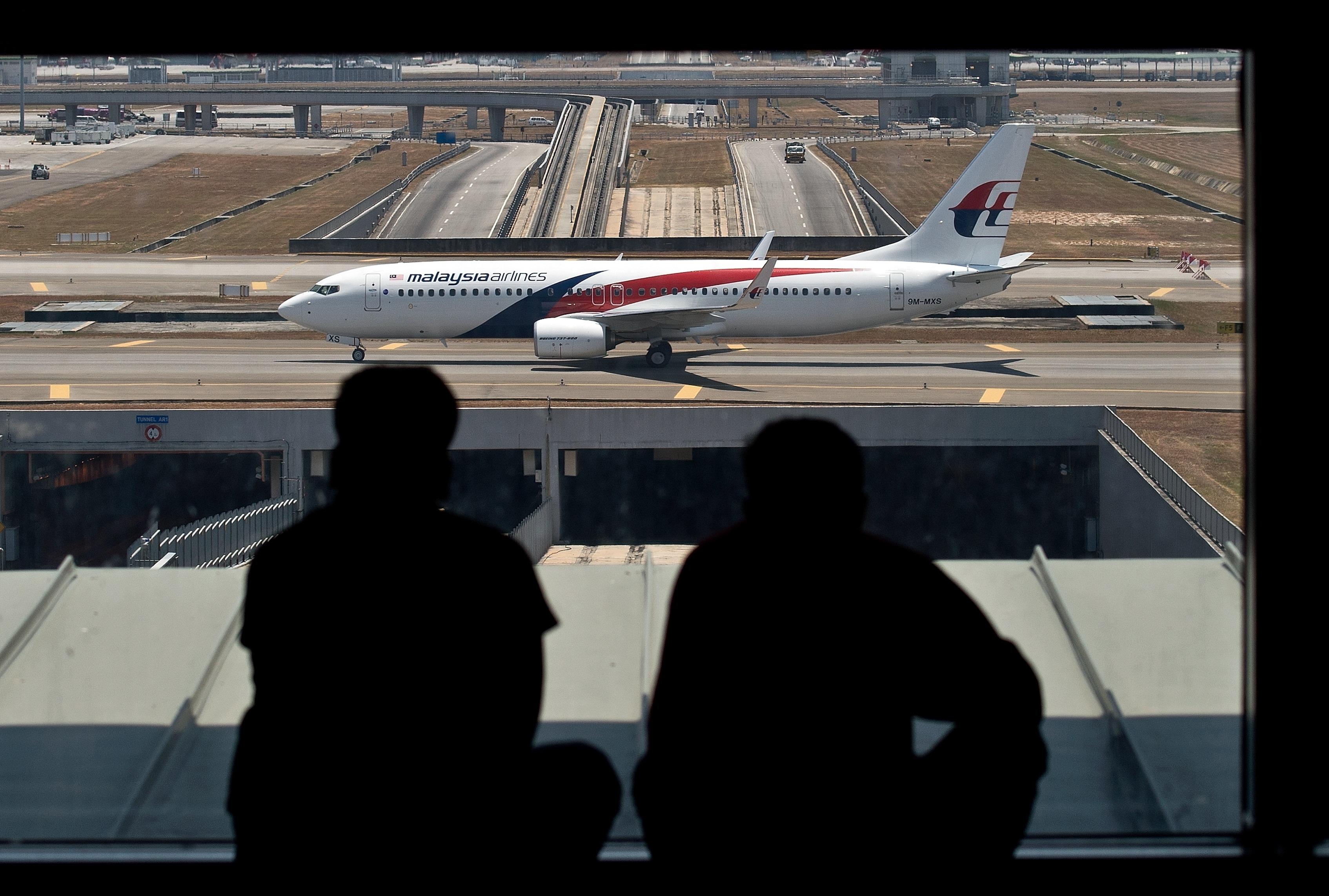 Malaysia Airlines kurz vor dem Bankrott? – Die Suche nach Flug MH370 wird intensiviert