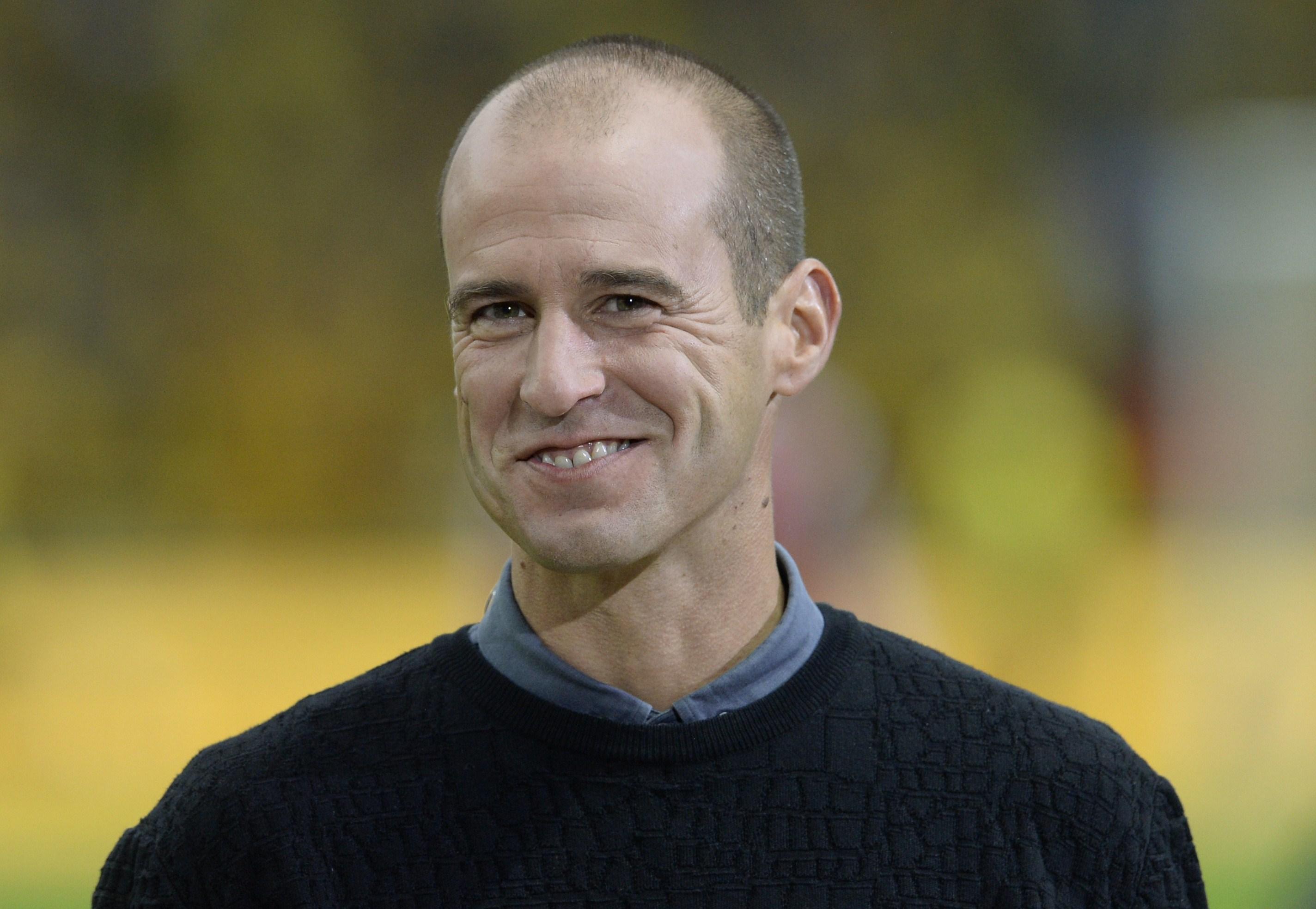 ARD-Experte Mehmet Scholl: Wütend auf Schiedsrichter Carlos Velasco Carballo – Faul an Neymar kein Einzellfall (Video)