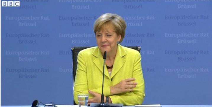 Angela Merkel wird 60: ZDF-Journalist Udo von Kampen singt peinliches Geburtstagsständchen! (VIDEO)