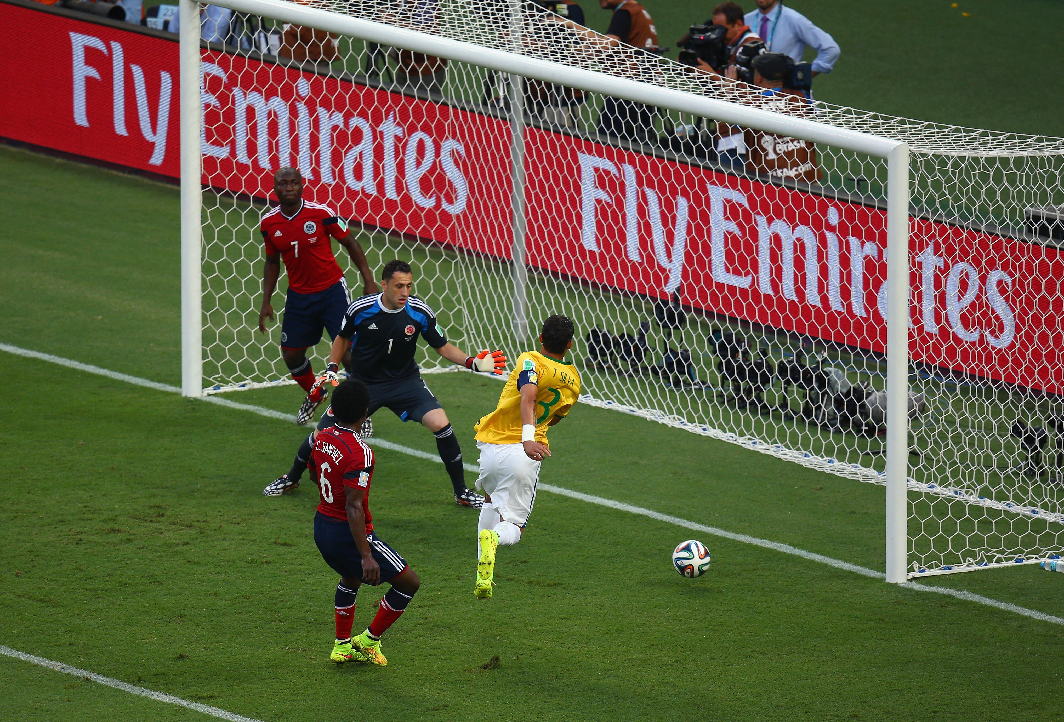 Brasilien gegen Kolumbien: Tor durch Thiago Silva für Brasilien (Video)