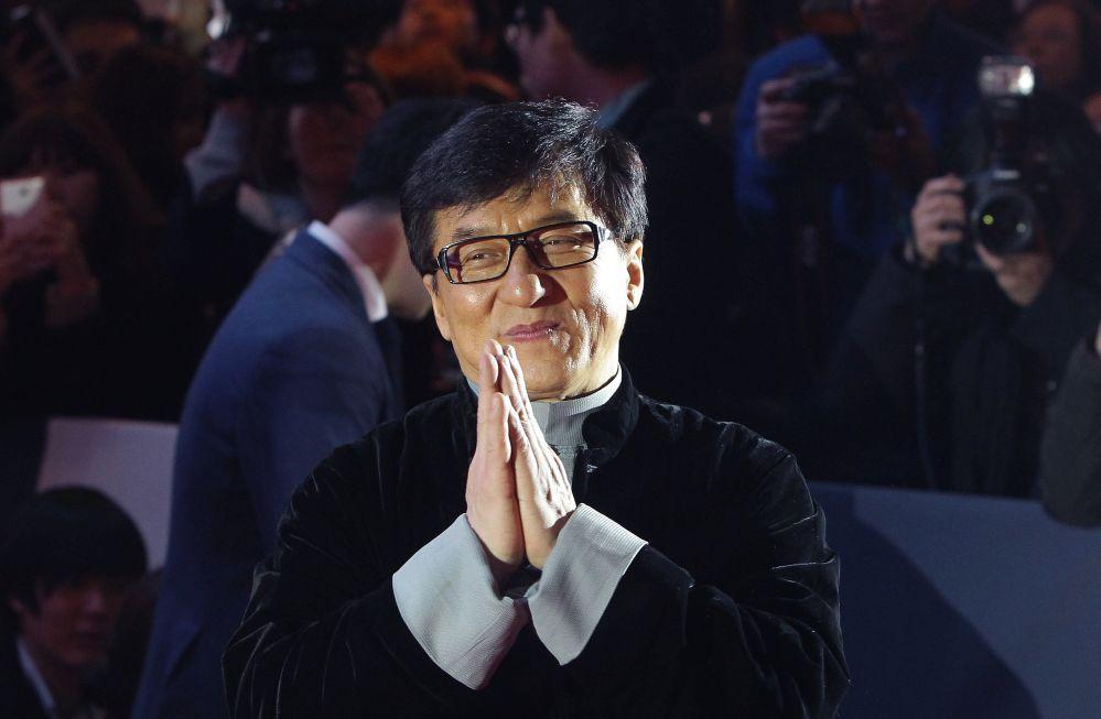 China: Die Blamage von Jackie Chan und seinem Drogen konsumierenden Sohn – was steckt dahinter?