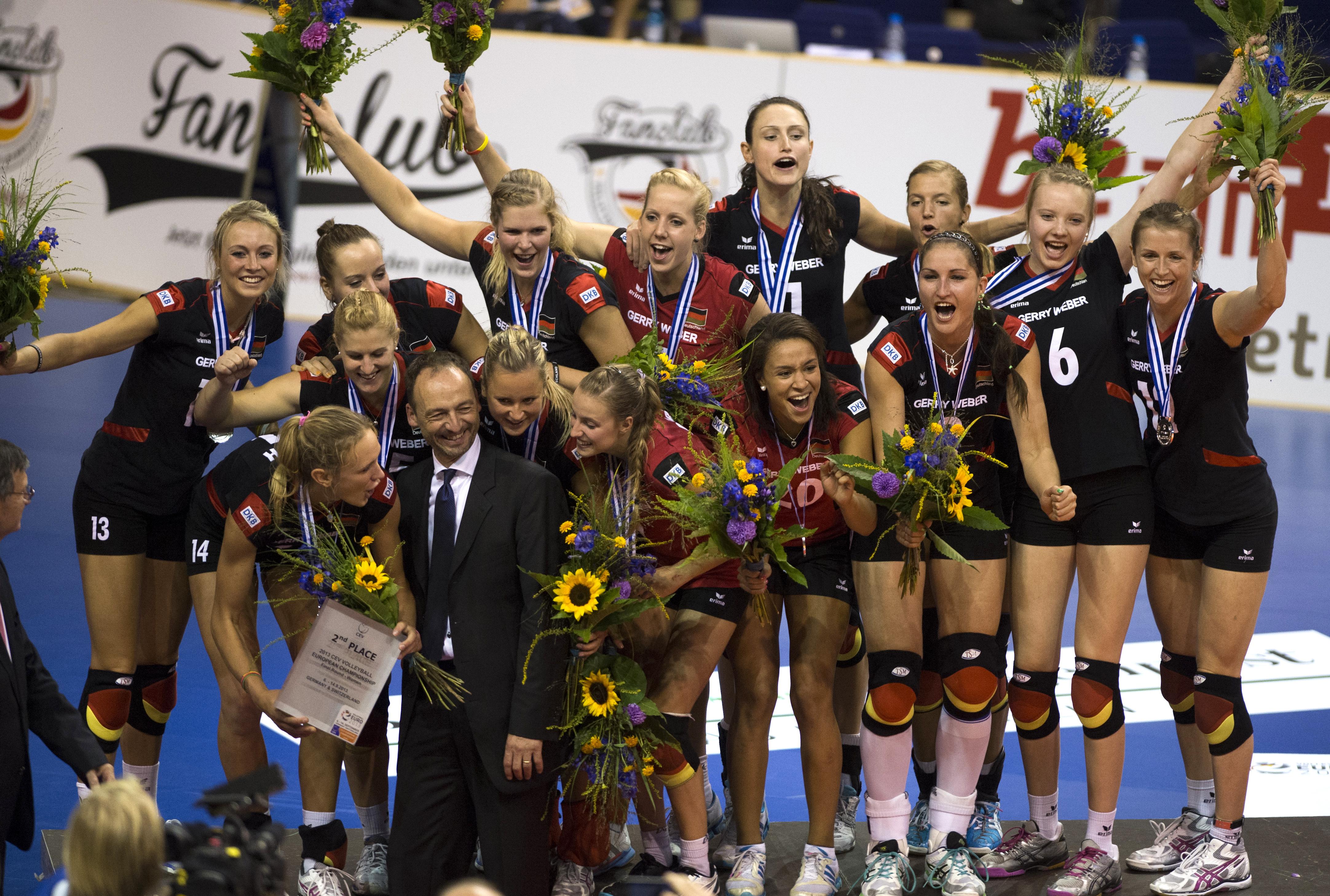Live-Stream Volleyball WM Frauen Heute: Deutschland vs Dominikanische Republik , Live-Übertragung auf Sport1, Spielplan, Aufstellung, Gruppenaufteilung