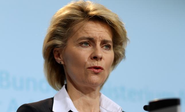 Mängel bei der Bundeswehr: SPD verstärkt Druck auf von der Leyen