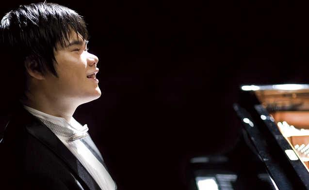 Nobu Tsujii in Berlin: Japans blindes Klaviergenie am 3. November 2014 mit Ravel und Chopin im Kammermusiksaal