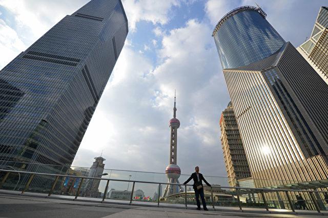 Sogar im wirtschaftsstarken Shanghai sind schon 60 Prozent der Kreditvermittler Pleite gegangen. Foto: Peter Parks / AFP / Getty Images