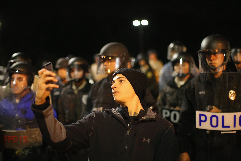 """iPhone-Zensur durch Apple-Patent: Filmen und Fotografieren in """"sensiblen Bereichen"""" geblockt"""