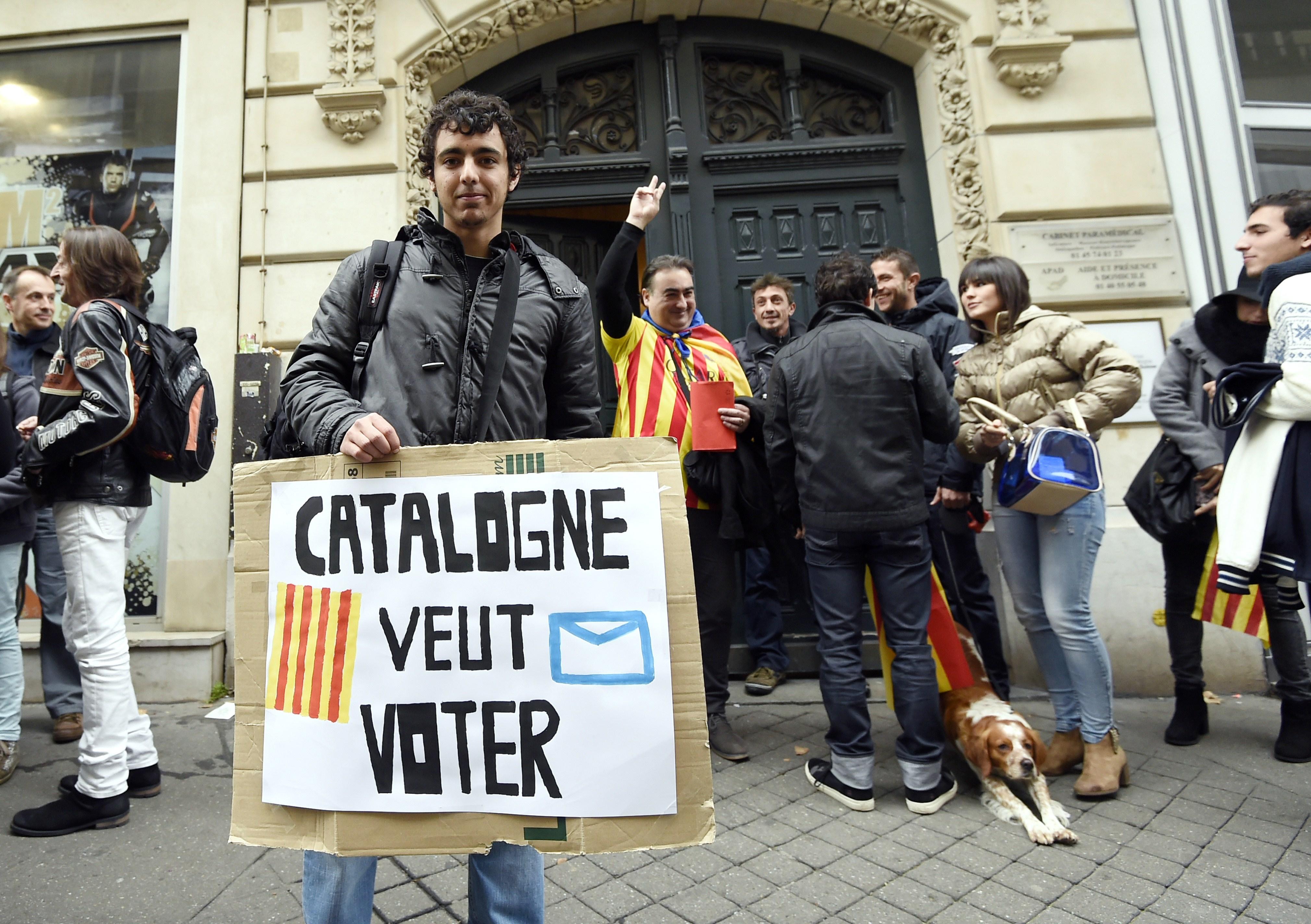 Kataloniens Regionalpräsident verspricht Unabhängigkeitsreferendum 2017