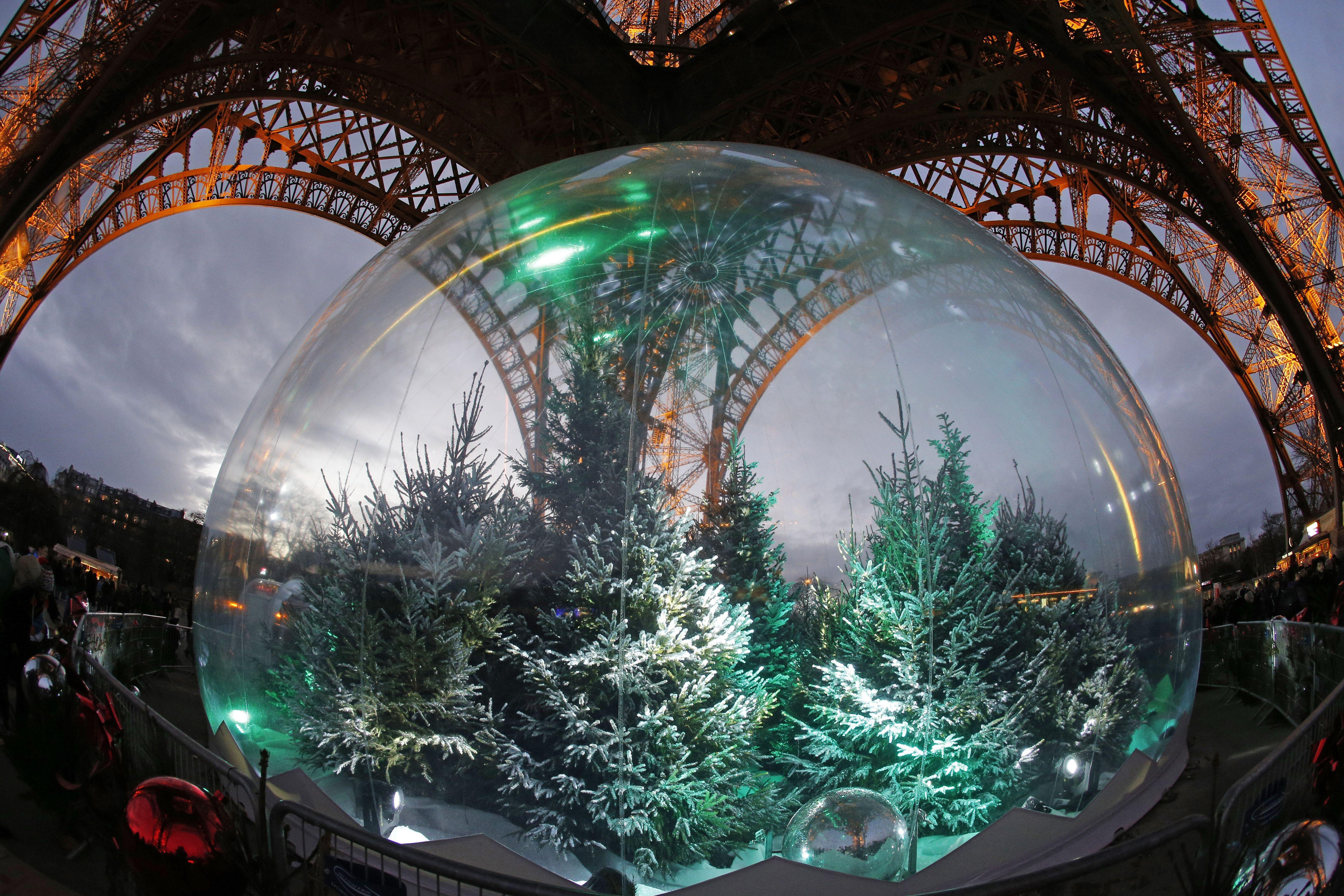 Weihnachten in Frankreich: Souvenirläden geschlossen! Eiffelturm Mitarbeiter streiken