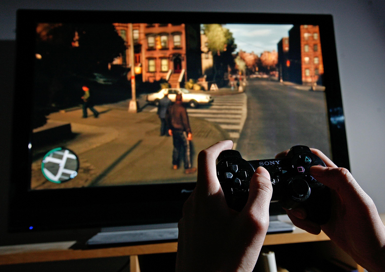 """""""Verwirrter"""" Grand Theft Auto-Gamer wählt Notruf und meldet Schießerei"""