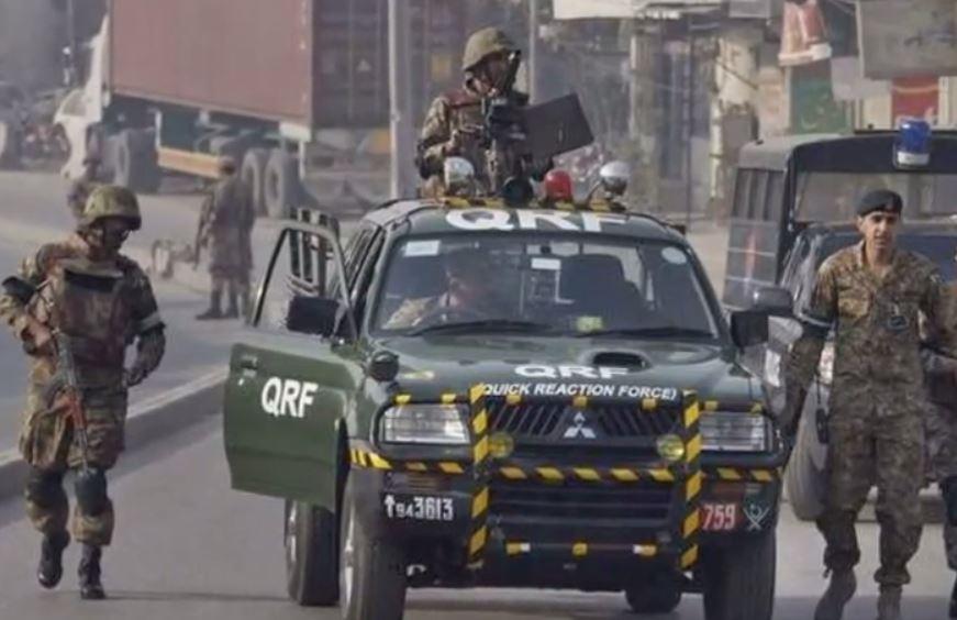 Update: mindestens 20 tote Kinder bei Geiseldrama in Pakistan Schule – Taliban-Kommando hält 500 Geiseln fest