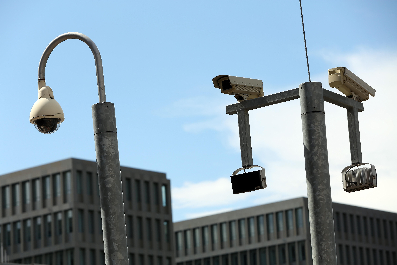 BND Daten-Raub: Ex-DDR-Agent warnt vor Gefahr der Doppelspionage und Whistleblower
