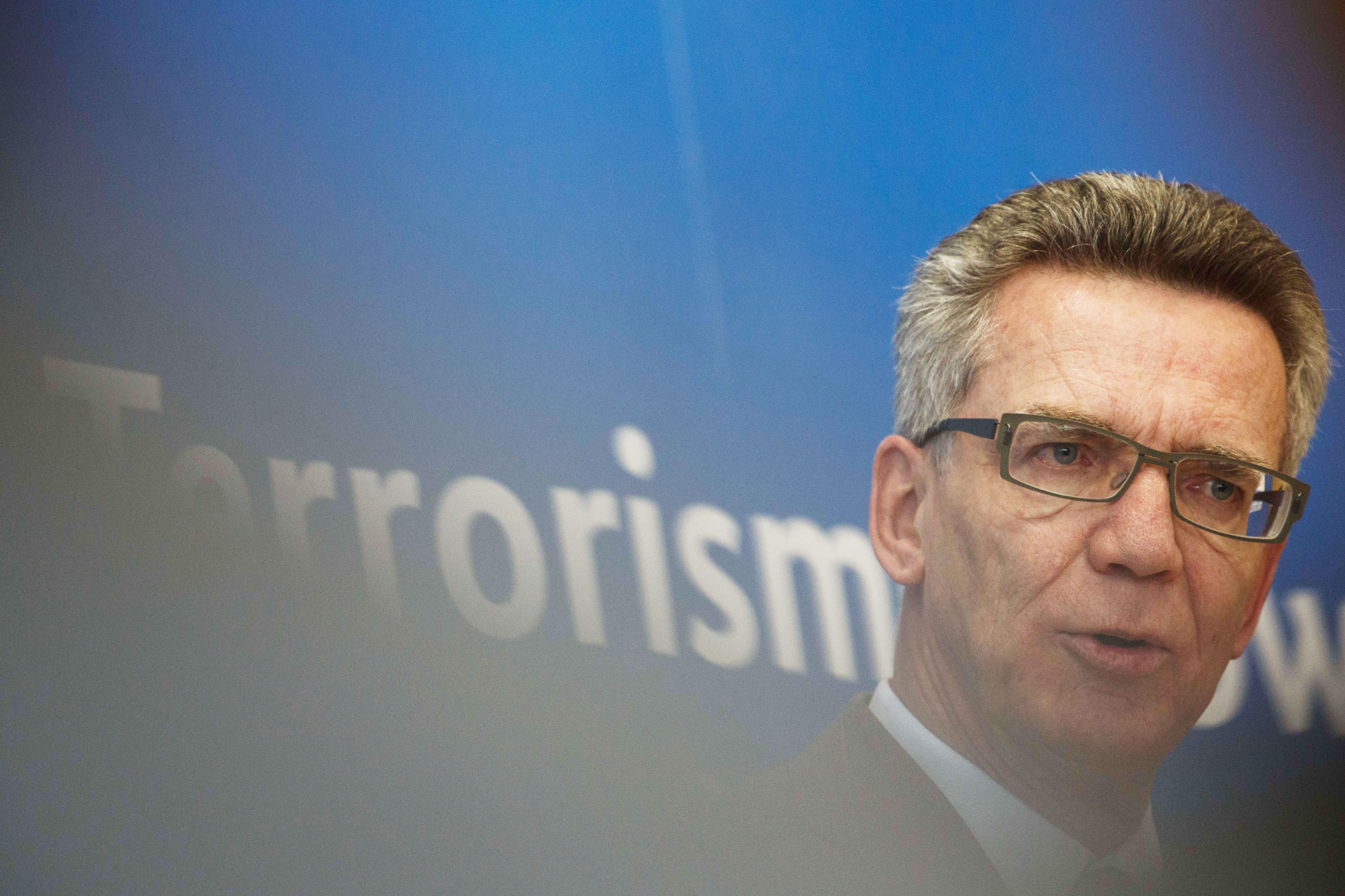 """Bundesregierung will die Internet-Freiheit im """"Kampf gegen den Terror"""" opfern"""