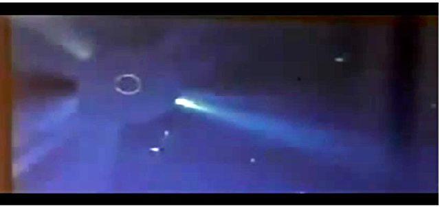 Videoausschnitt der NASA von SOHO mit schweiflosen Kometen.