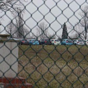 Opel-Lager in der ehemaligen US-Kaserne Anderson Barracks in Dexheim