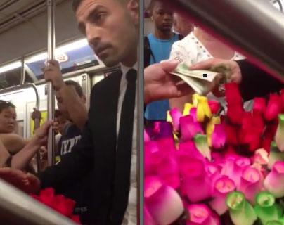 Ergreifende Szene in der U-Bahn: Gentleman rührt Rosenverkäuferin zu Tränen (+Video)