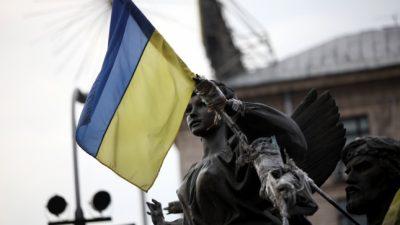 Merkel berät mit Hollande, Putin und Poroschenko über Lage in Ukraine