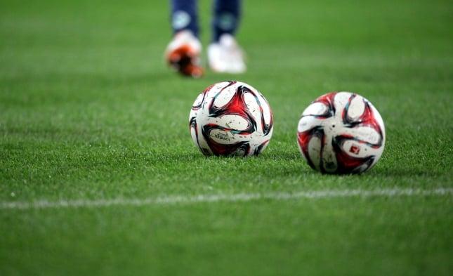 Fußball: Lienen kritisiert Trainer für Verzicht auf Gewerkschaft