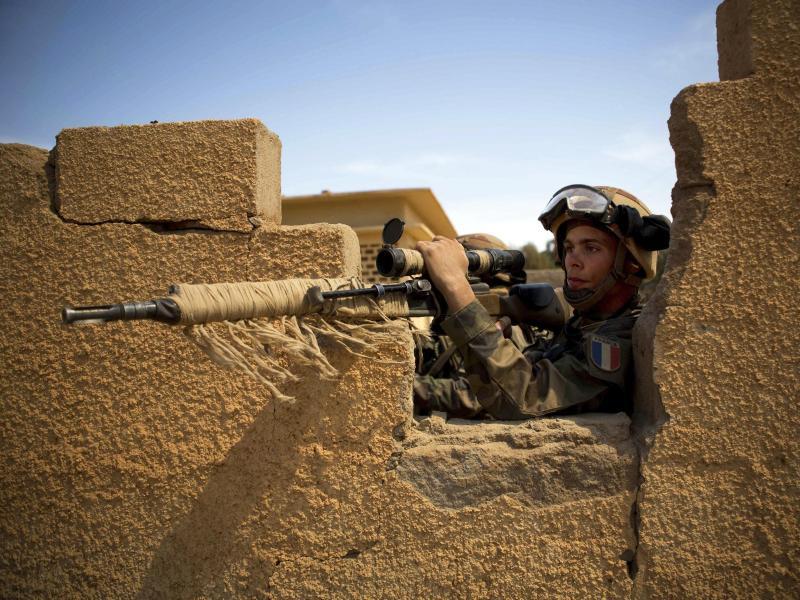 Geisel zufällig von französischen Soldaten in Mali befreit