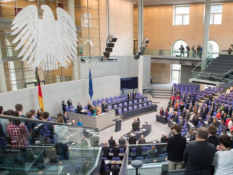 Bundestag verschärft Anti-Terror-Gesetze