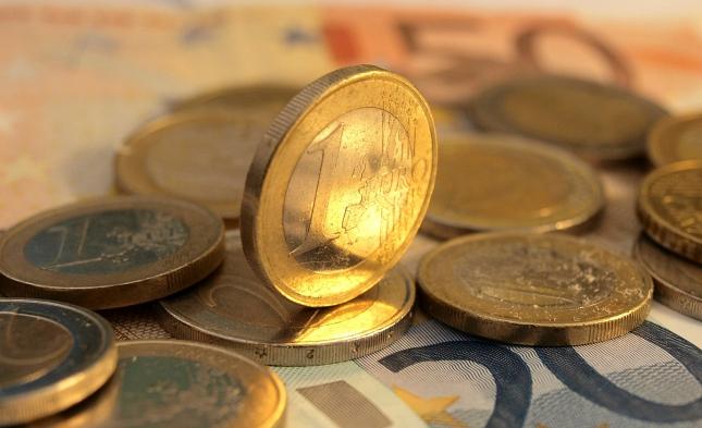 Schäuble spricht sich gegen Abschaffung von Bargeld aus