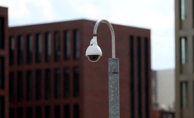 """Umfrage: Deutsche betrachten BND-Skandal als """"Staatsaffäre"""""""