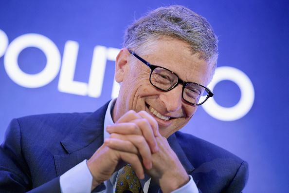 """Bill Gates – Ein bekennender Impf- und Gentechnik-Fan: Seine  Allianzen mit Monsanto und """"Big Pharma"""""""