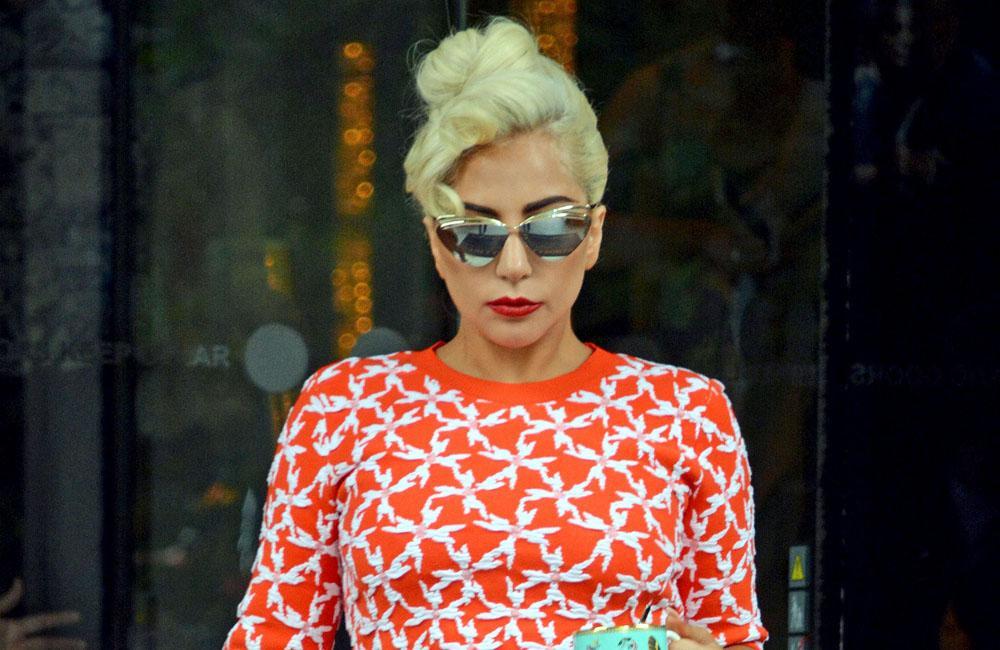 Lady Gaga: Schlichtes Brautkleid