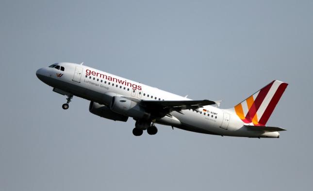 Germanwings-Absturz: Lufthansa bringt Montag Opfer nach Spanien