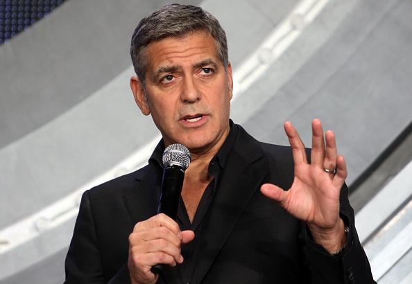 """""""Dem Krieg den Geldhahn zudrehen!"""" fordern George Clooney und das Enough Project"""