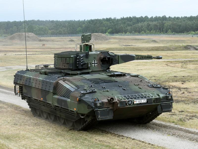 """Bundeswehr: Schützenpanzer """"Puma"""" nach 10 Jahren Serienproduktion zum ersten Mal """"kriegstauglich"""""""